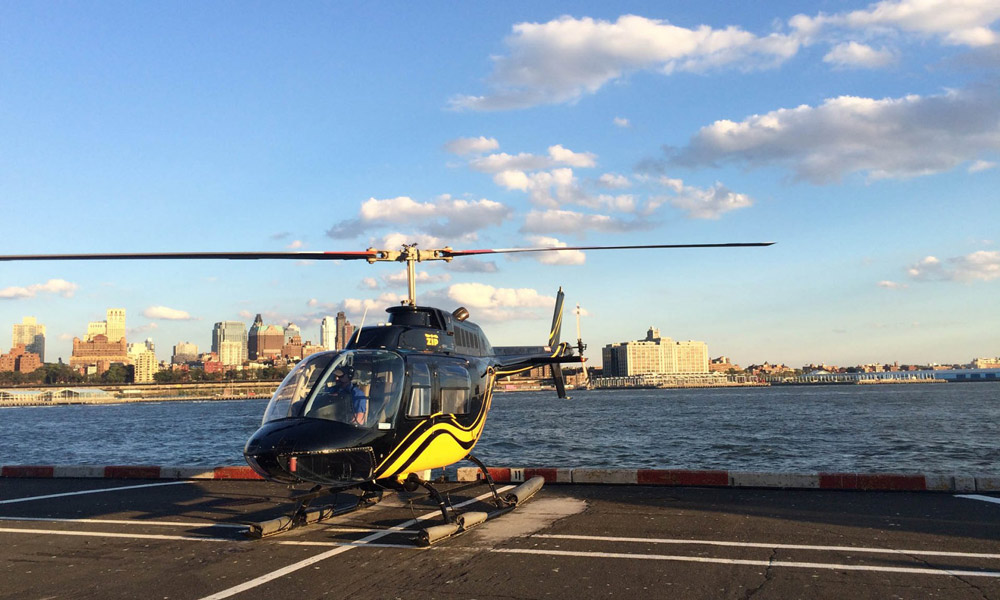 helikopter auf landeplatz in new york