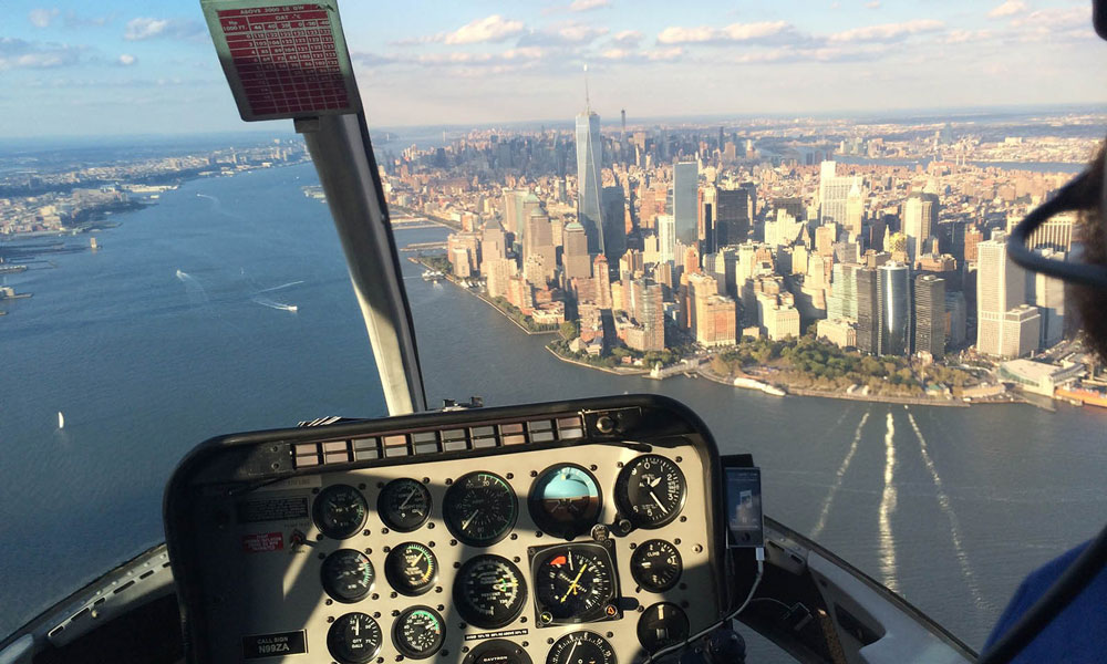 east river vom helikopter aus