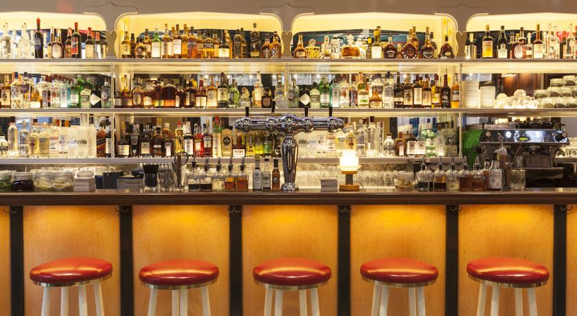 bar im the standard east village hotel new york