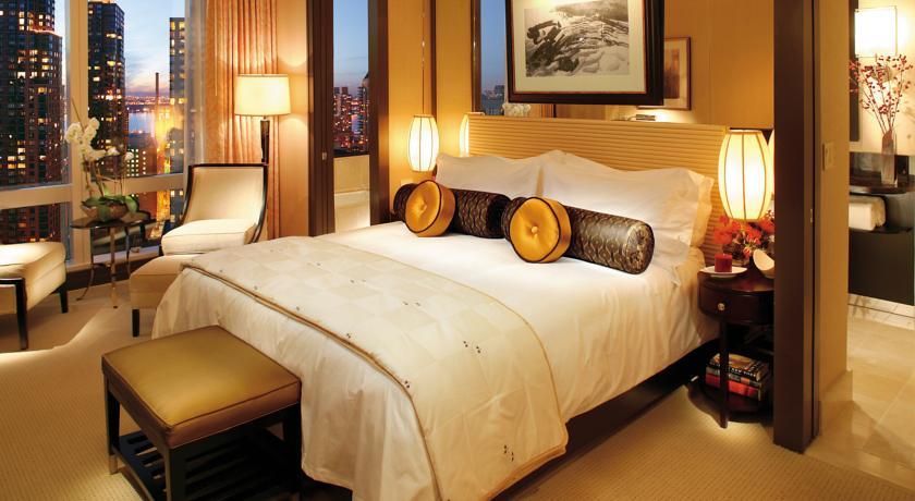 skyline view zimmer im mandarin oriental hotel