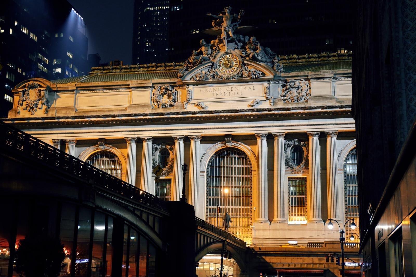 Grand Central terminal por la noche