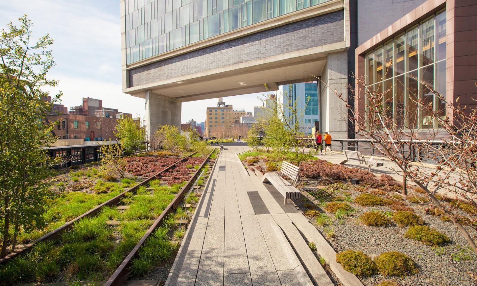 El High Line en primavera en Nueva York