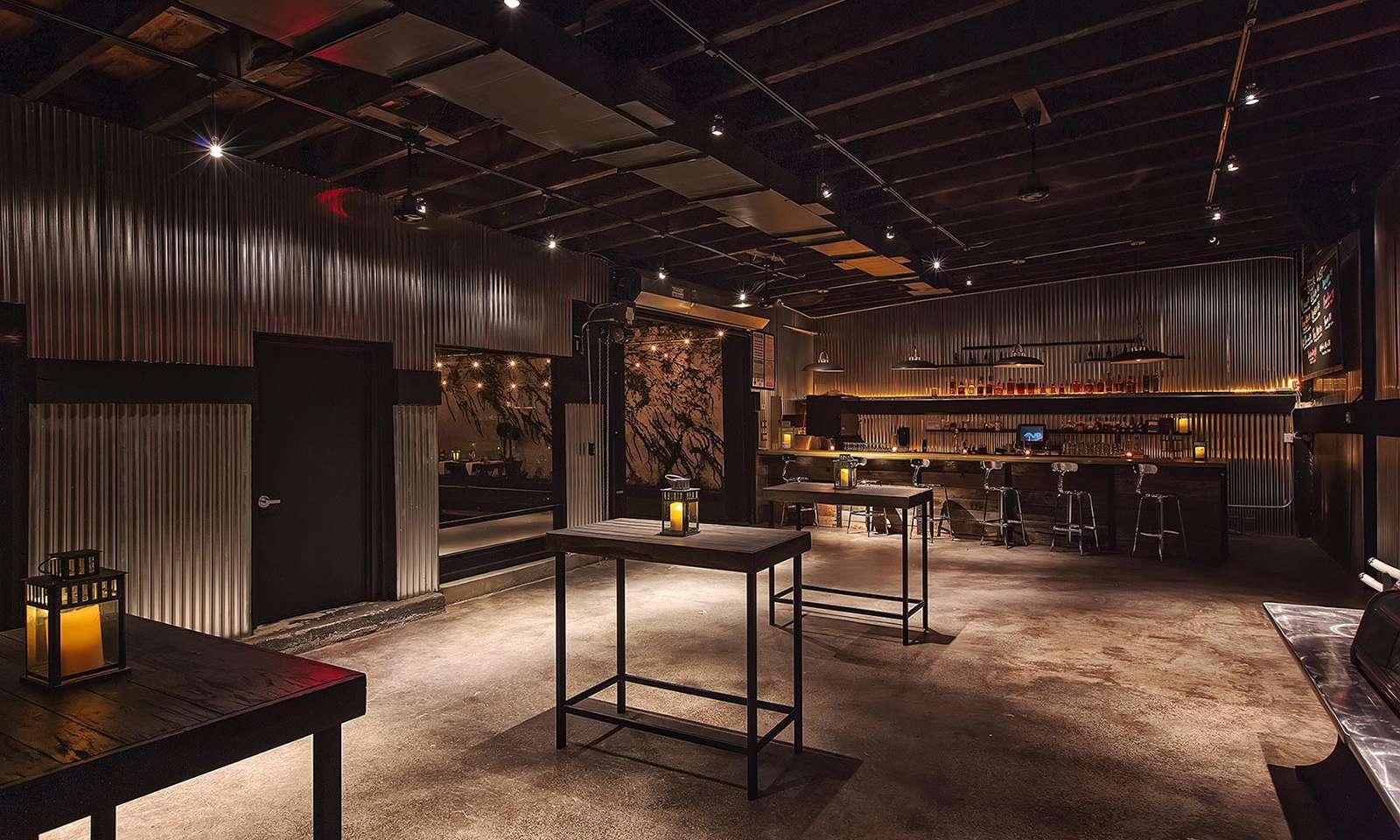 rooftop bar new york: Penthouse808 lounge