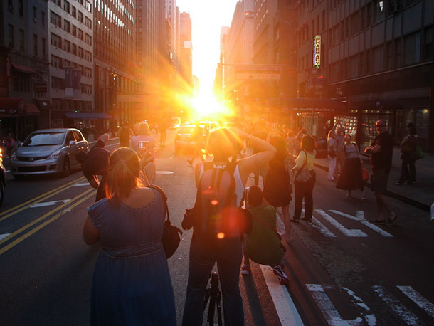 Manhattanhenge view