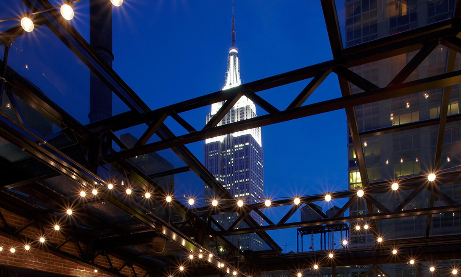 Refinery-Rooftop-Bar-New-York-03-1600x960