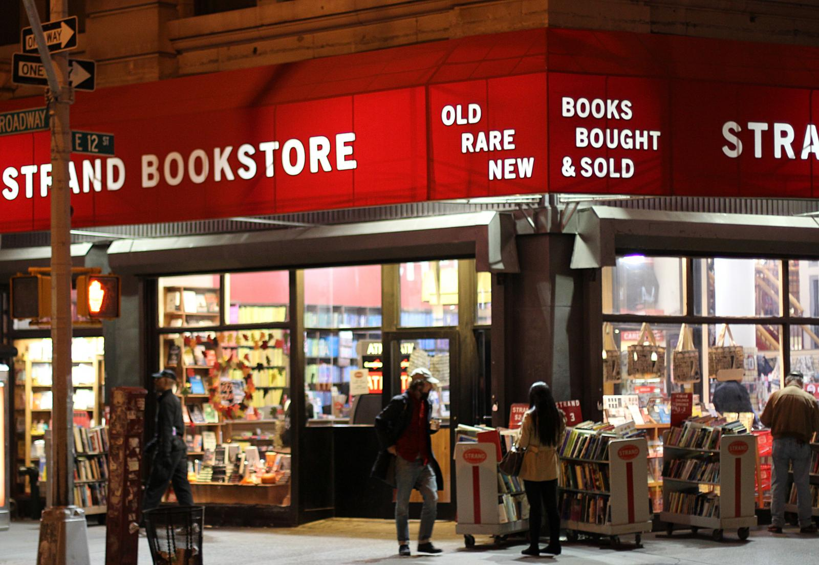 strand-books-east-village-160919103759003