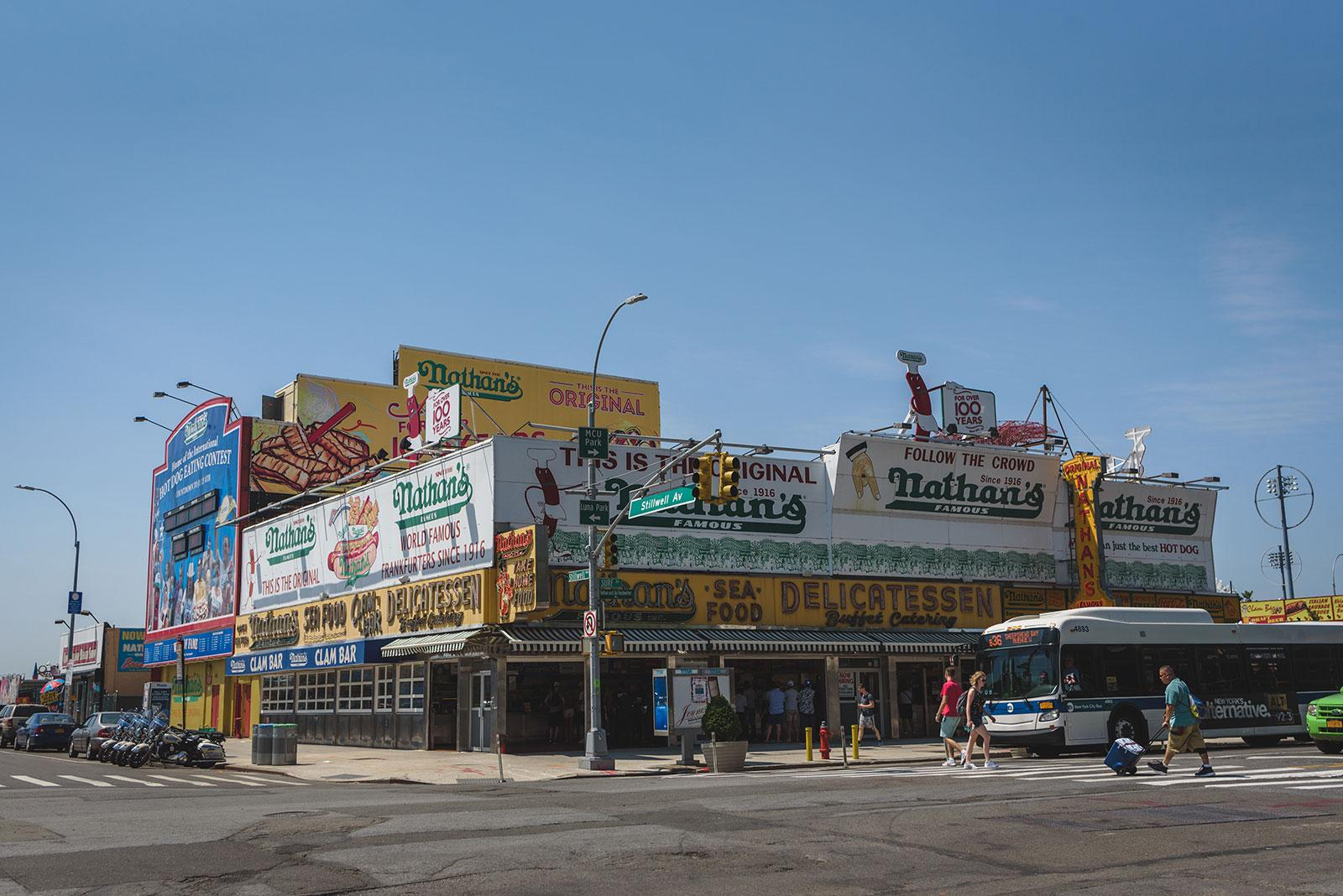 Nathan´s Hot Dogs en Coney Island